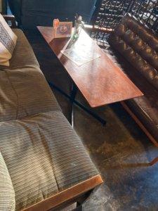 高円寺「Dogberry」のソファー席