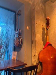 高円寺「Yummy」の楽器