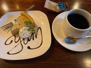 高円寺「yummy」のケーキセット
