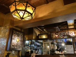 高円寺のYonchome cafeの店内