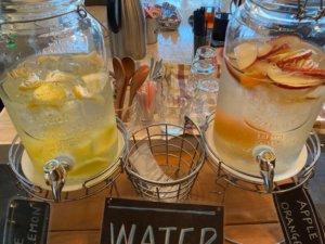 高円寺「light side cafe」のお水