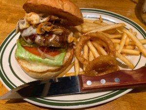 「メアリーキッチン」のハンバーガー