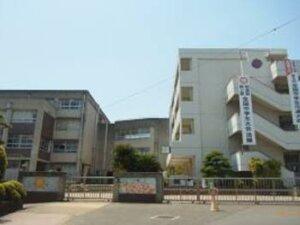 香芝中学校